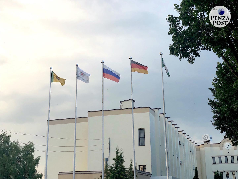 Флаг Германии, Вдонины, «Маяк», страшная экологическая катастрофа в центре Пензы. Что общего - фактчек с признаками уголовного преступления