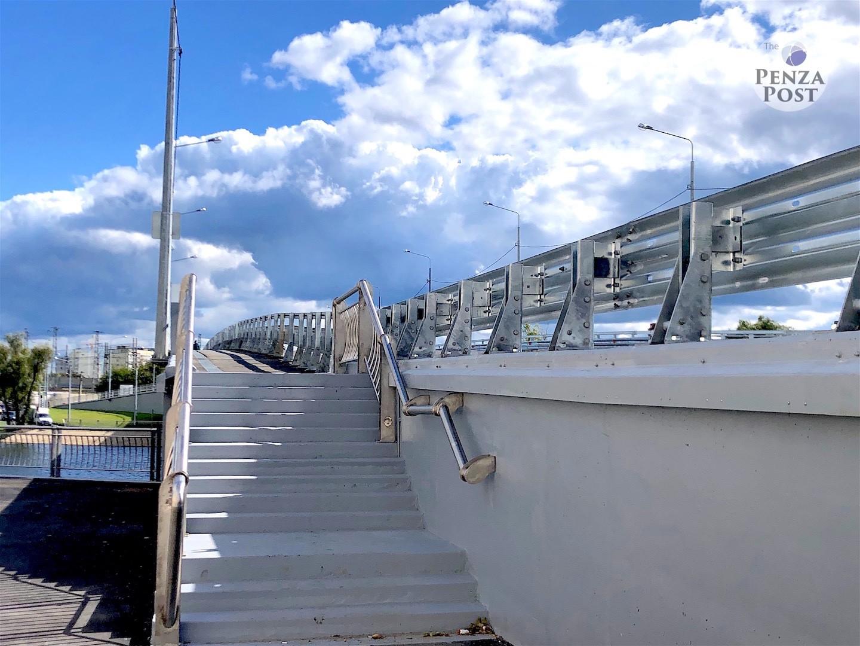 Татьяна Недопекина слышит Гражданское общество. На Бакунинском мосту сделали колясочный съезд. Пока частично...