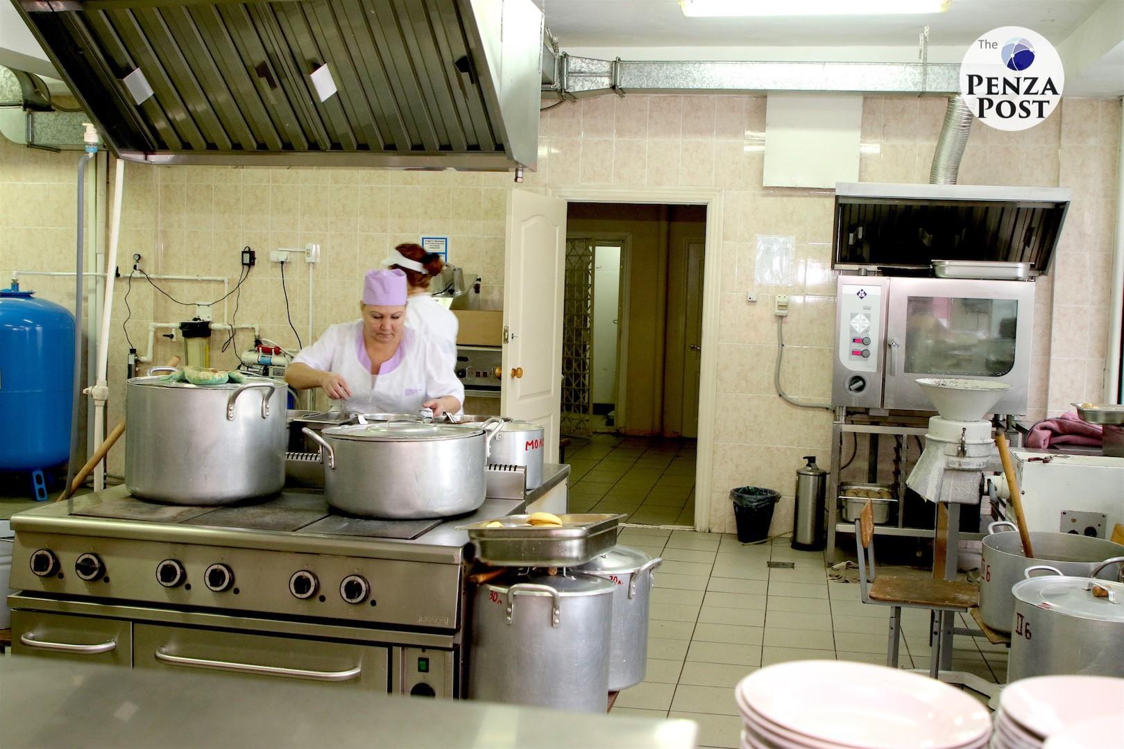 Организация горячего питания в школах Пензенской области находится на особом контроле министерства образования