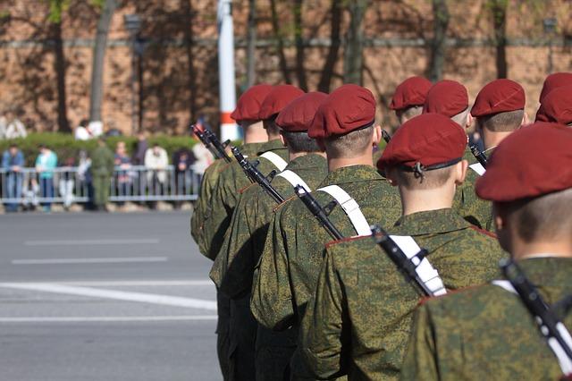 В России планируют ужесточить правила воинского учета для призывников