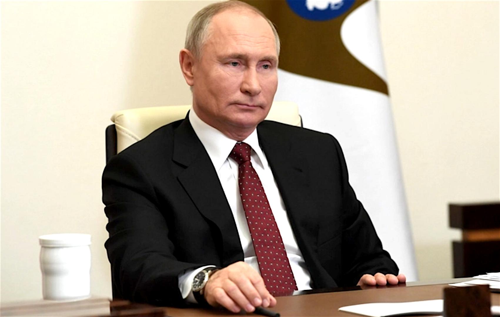 Владимир Путин присвоил Пензе звание «Город трудовой доблести» - Указ
