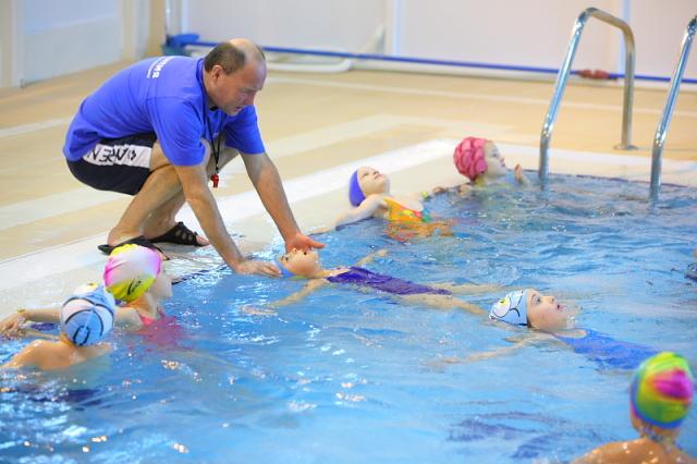 похотливым крошкам спортивное плавание для детей москва что если дома
